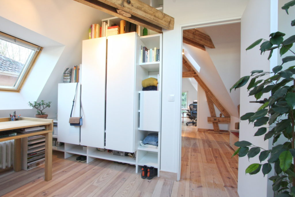 Nonjetable-Attic-With-Customized-Wardrobe