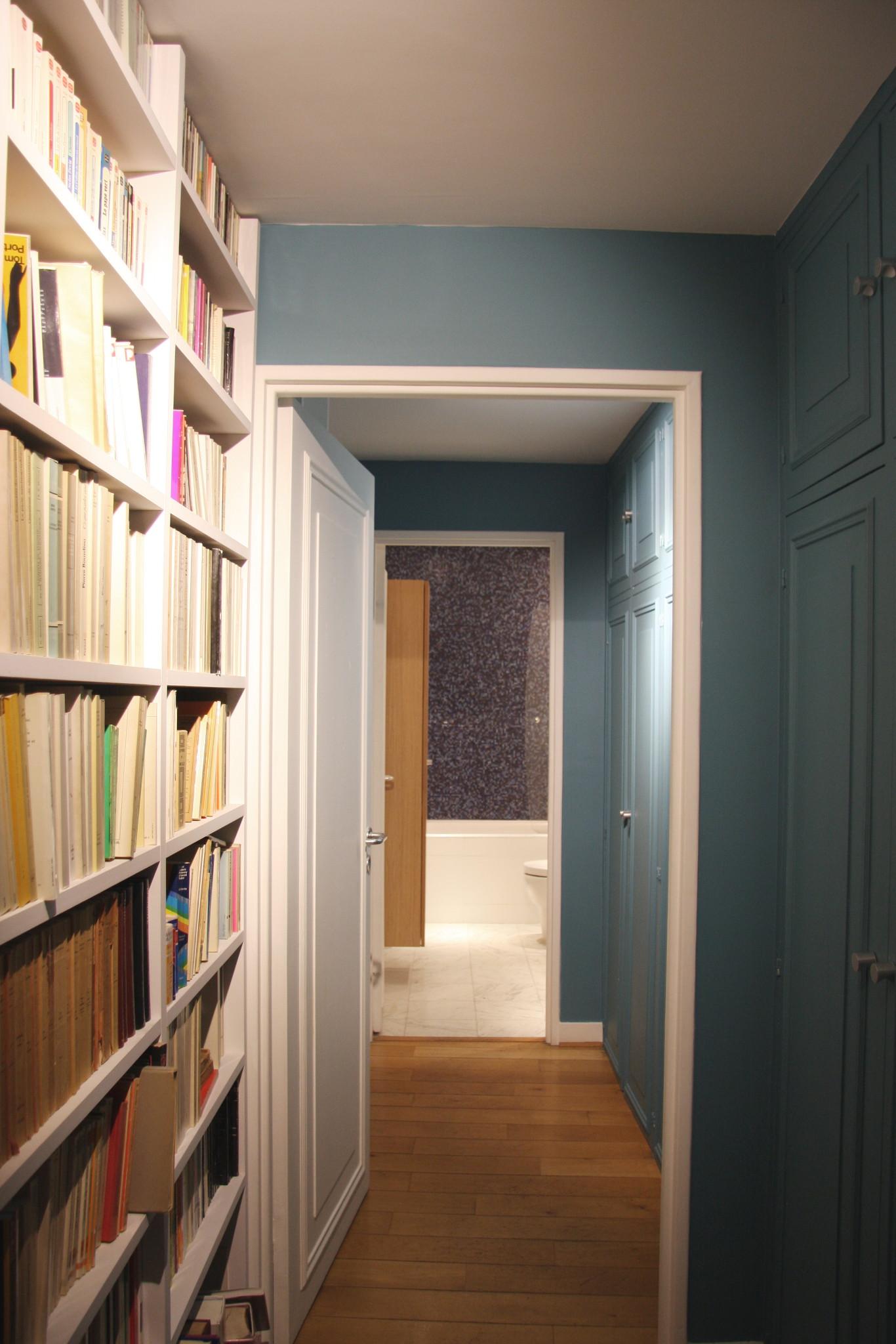 Nonjetable-Bibliothèque-de-Couloir-sur-Mesure