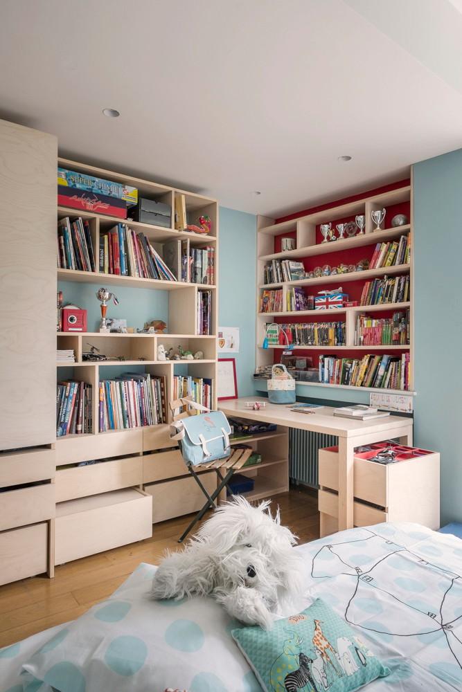 Nonjetable-Chambre-Enfant-avec-Rangements-et-Bibliothèque-sur-Mesure