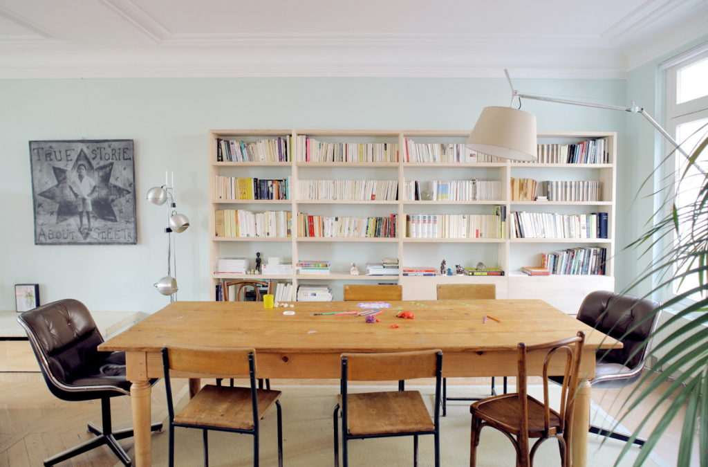 Nonjetable-Custom-Made-Solid-Ash-Library-for-a-Living-Room