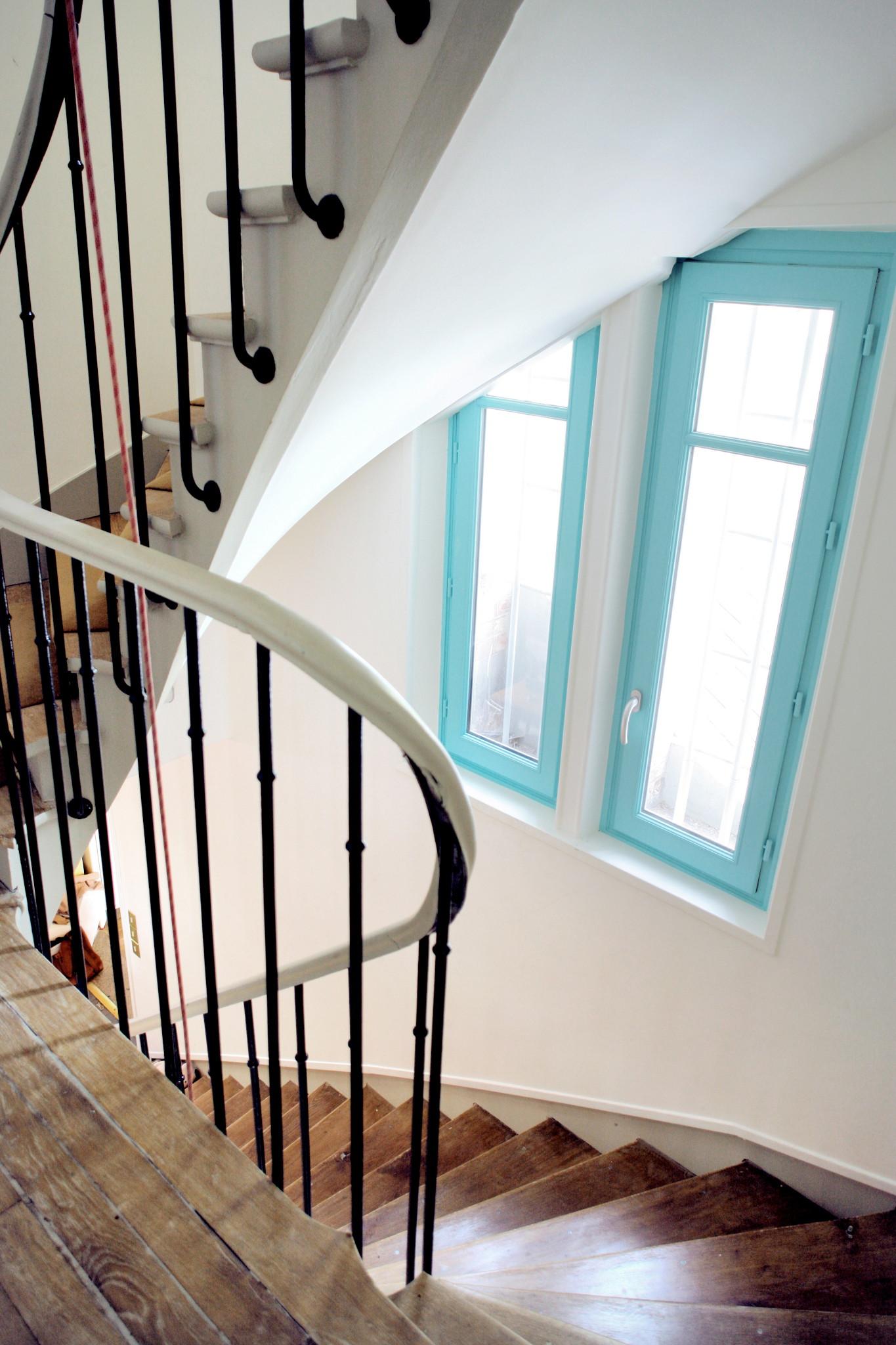 Nonjetable-Escalier-et-Fenêtre-Rénovés