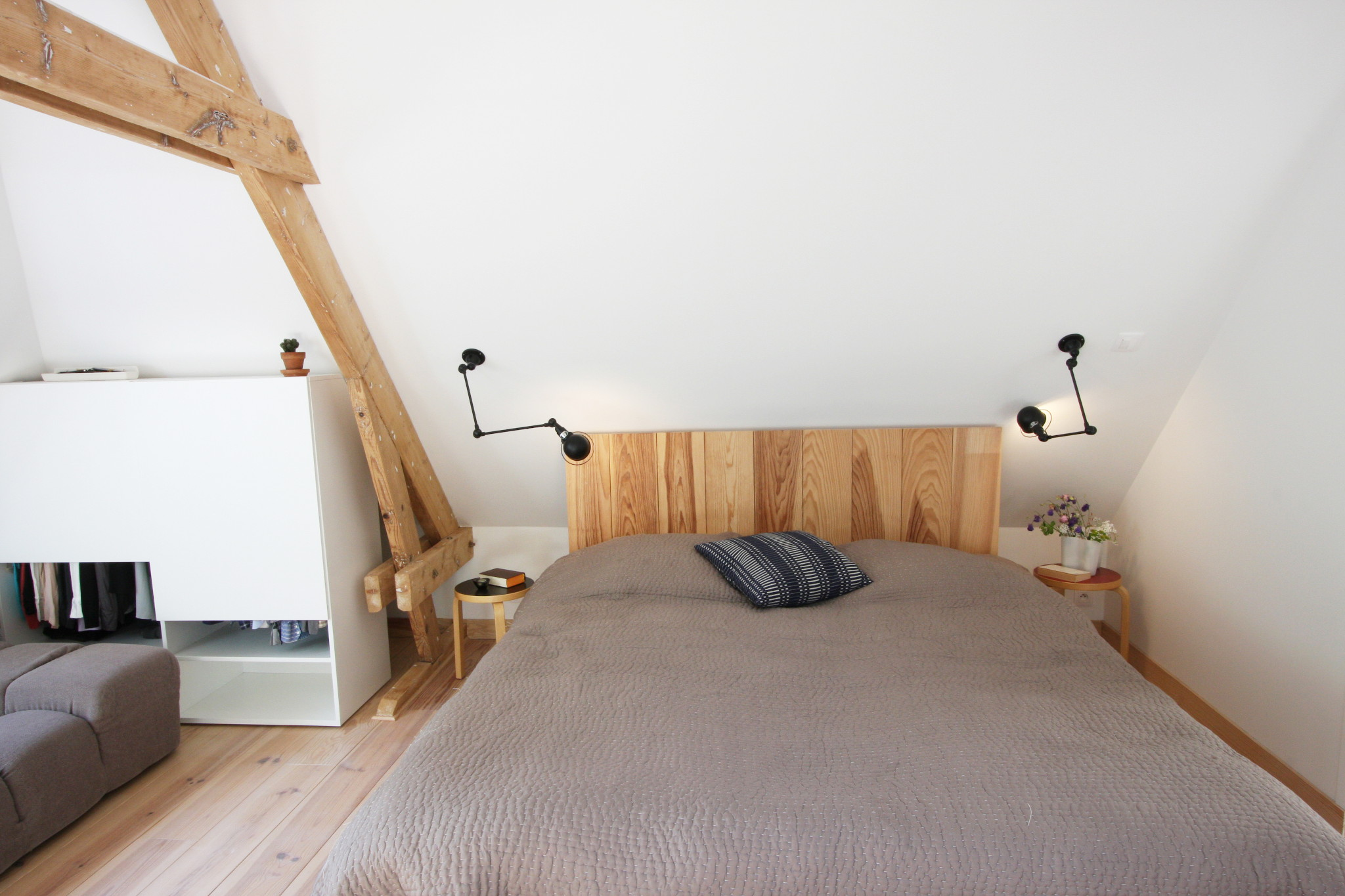 Nonjetable-Made-to-Measure-Headboard