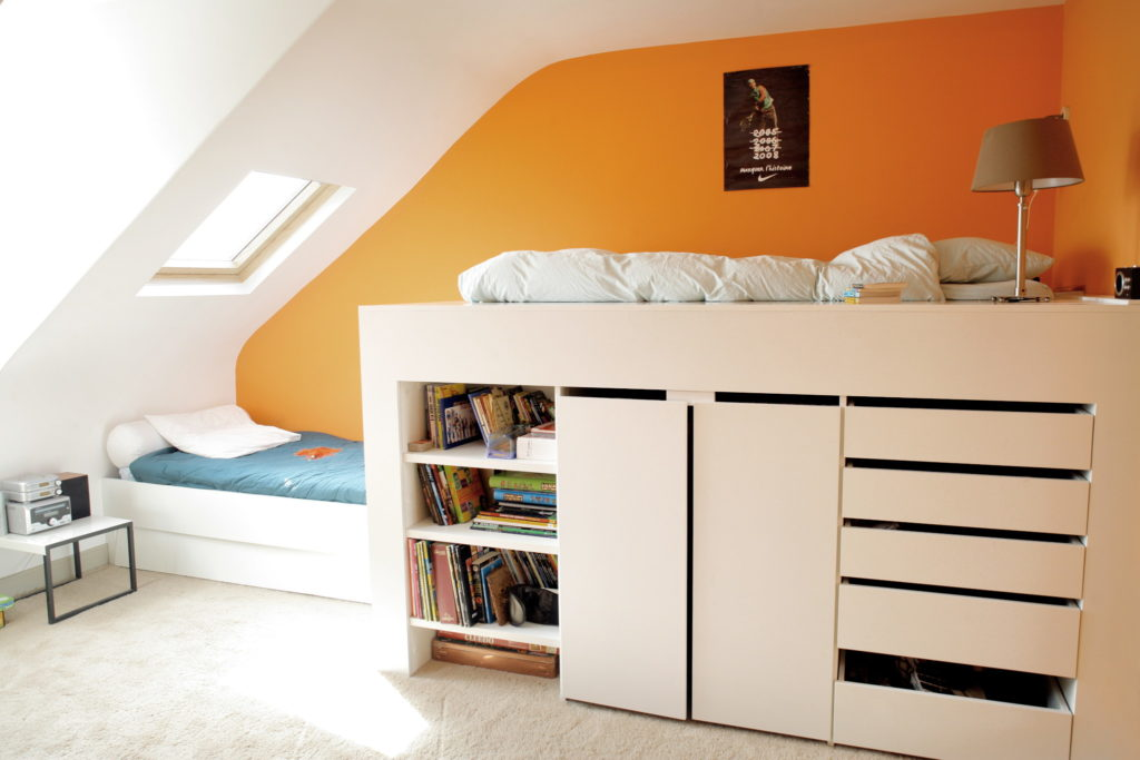 Nonjetable-Mezzanine-Bed-With-Built-in-Wardrobe-01