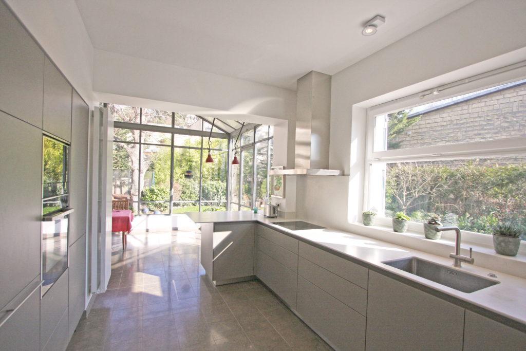 Nonjetable-Open-Kitchen-to-Veranda-Extension-02