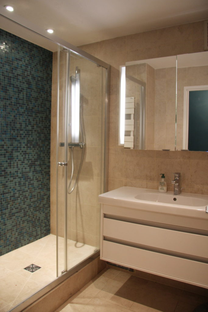 Nonjetable-Renovation-Shower-Room