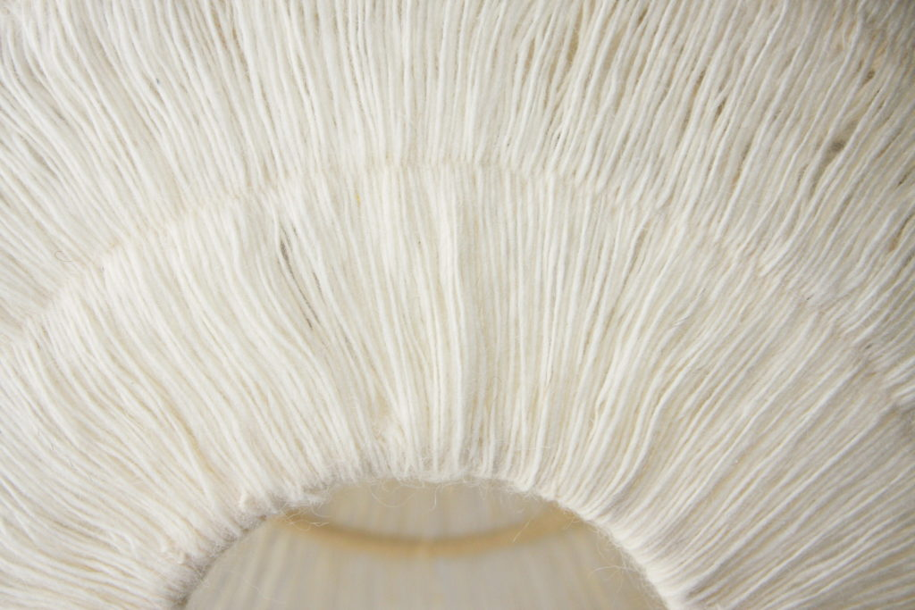 Nonjetable-Nonjetable-White-Wool-Pendant-Lamp-Detail